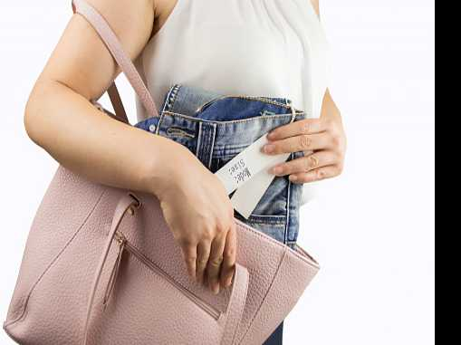 Woman Caught Shoplifting Said She Was Studying Kleptomania
