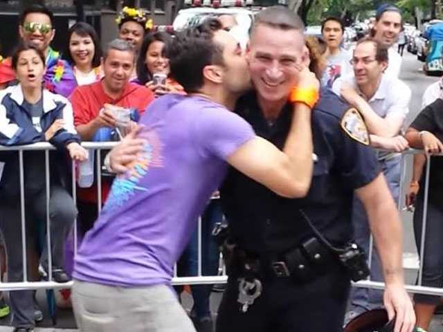'Twerking Cop' to be Posthumously Honored by NYPD's Gay Officers Group