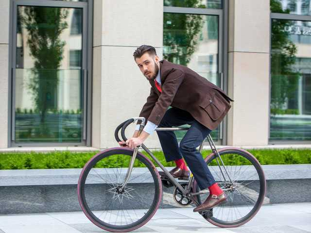 Ringing the Changes: Dutch Bike Lock Blocks Rider's Phone