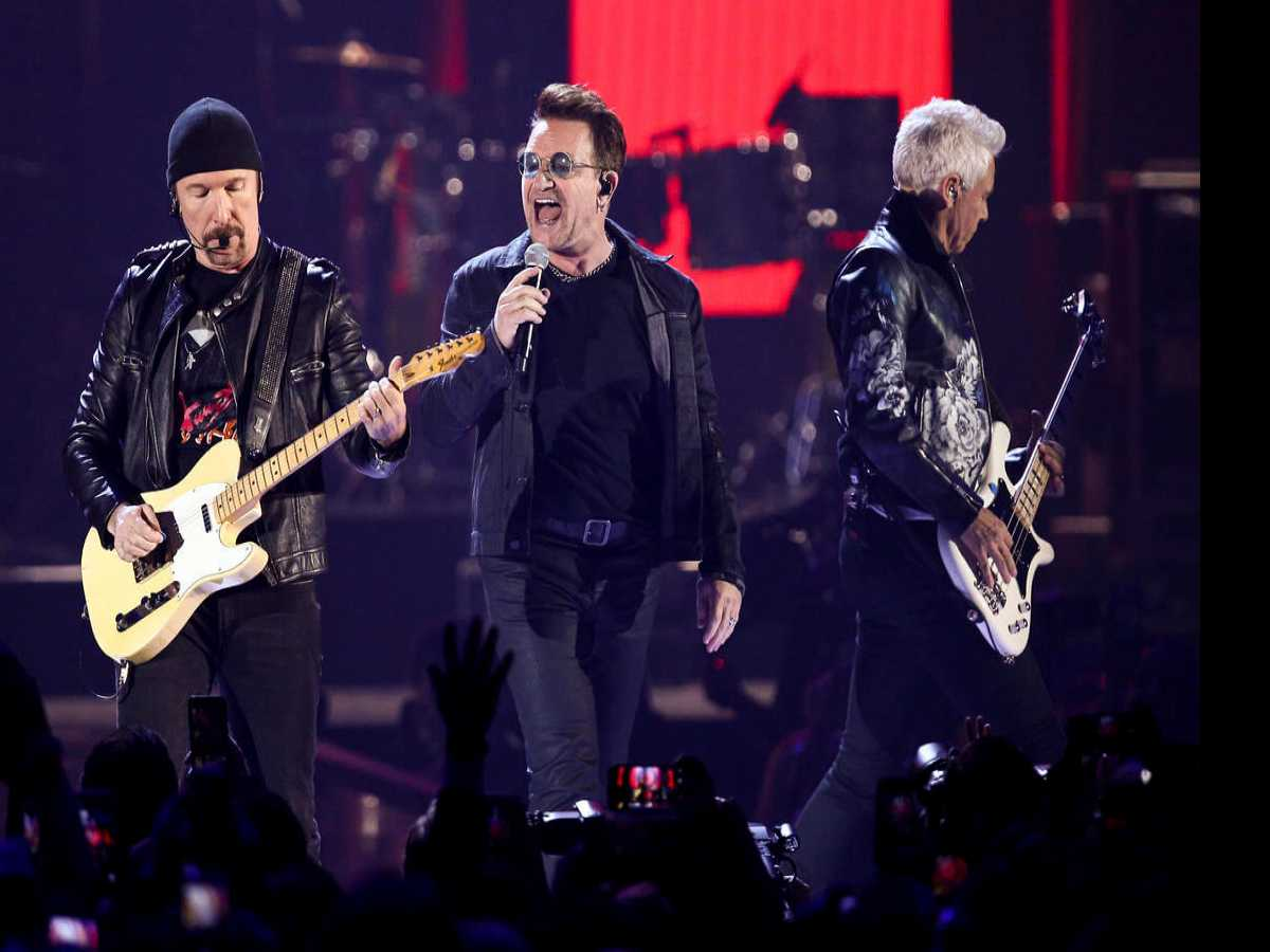 U2. Gillette Stadium. Foxborough, MA June 25, 2017