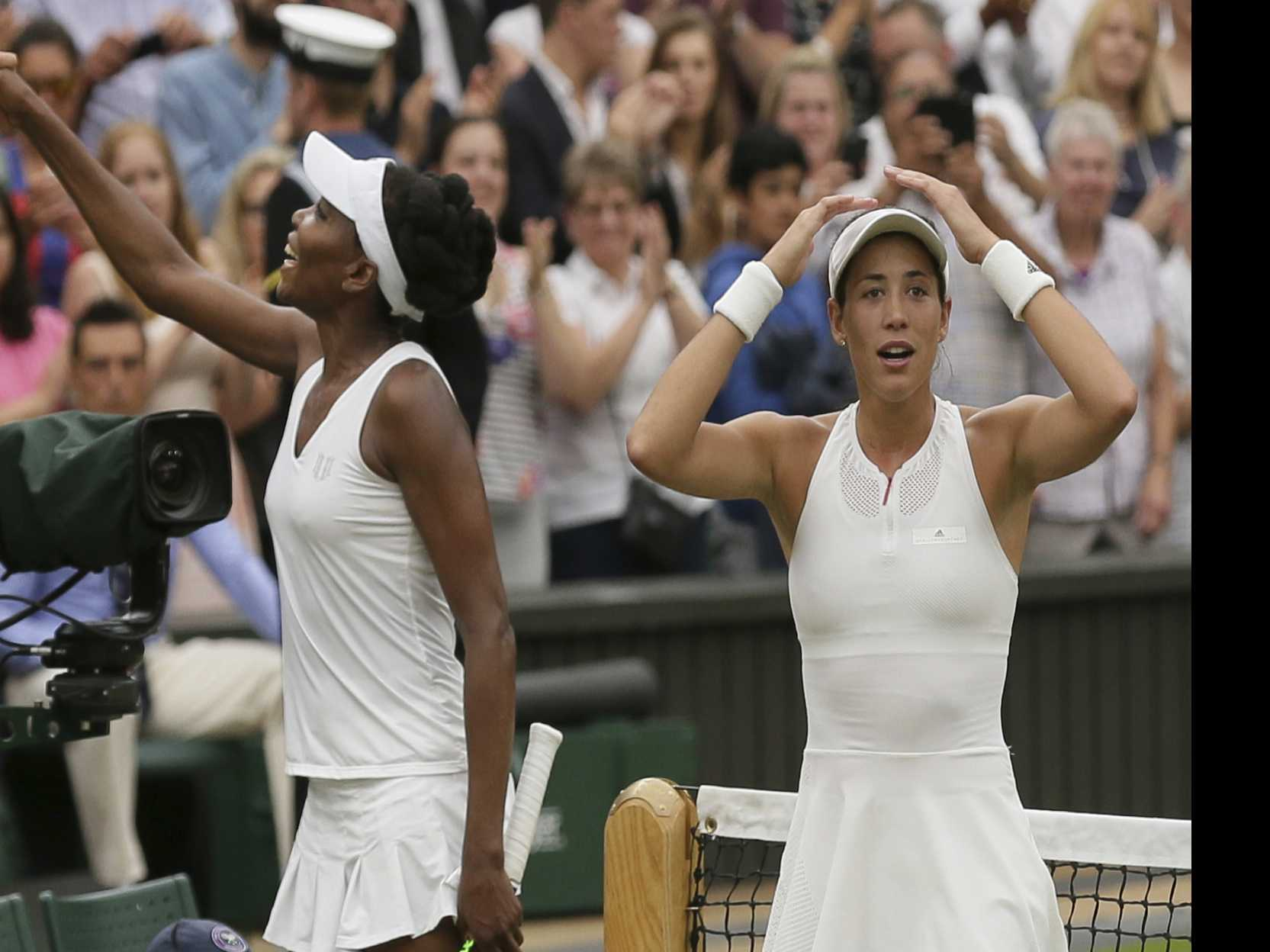 Muguruza Beats 'Role Model' Williams for 1st Wimbledon Title