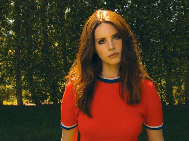 Lana Del Rey Isn't Happy Fans Listened to Her Leaked Album