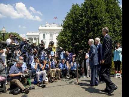 GOP Senators in Last-Ditch Try to Rescue Health Care Bill