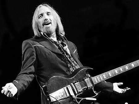 Review :: Tom Petty and the Heartbreakers. TD Garden, Boston. July 20.