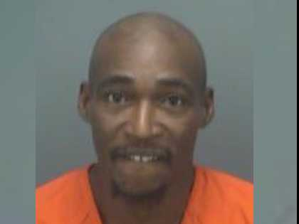 Only in Florida: Man Arrested for Indecent Exposure, Claims His Moods Tell Him to Strip