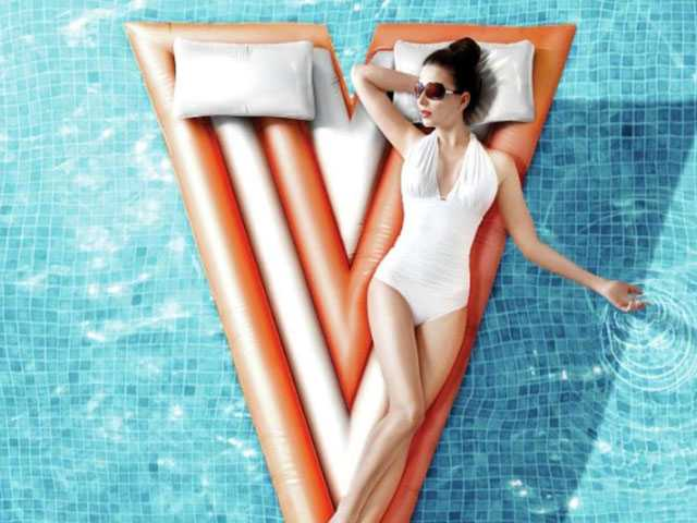 Summer Sizzles at Las Vegas Pools