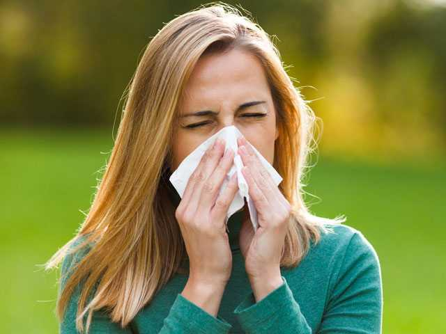 Millions of British Women Suffer From 'Allergy Face'