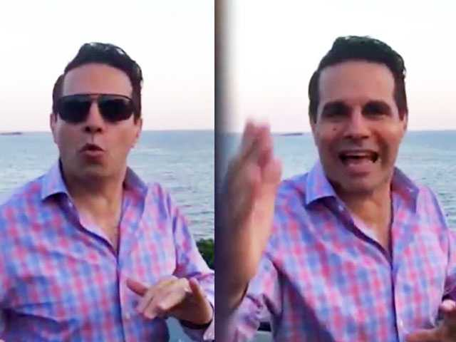 Watch: Mario Cantone Gives Final Word as 'The Mooch'
