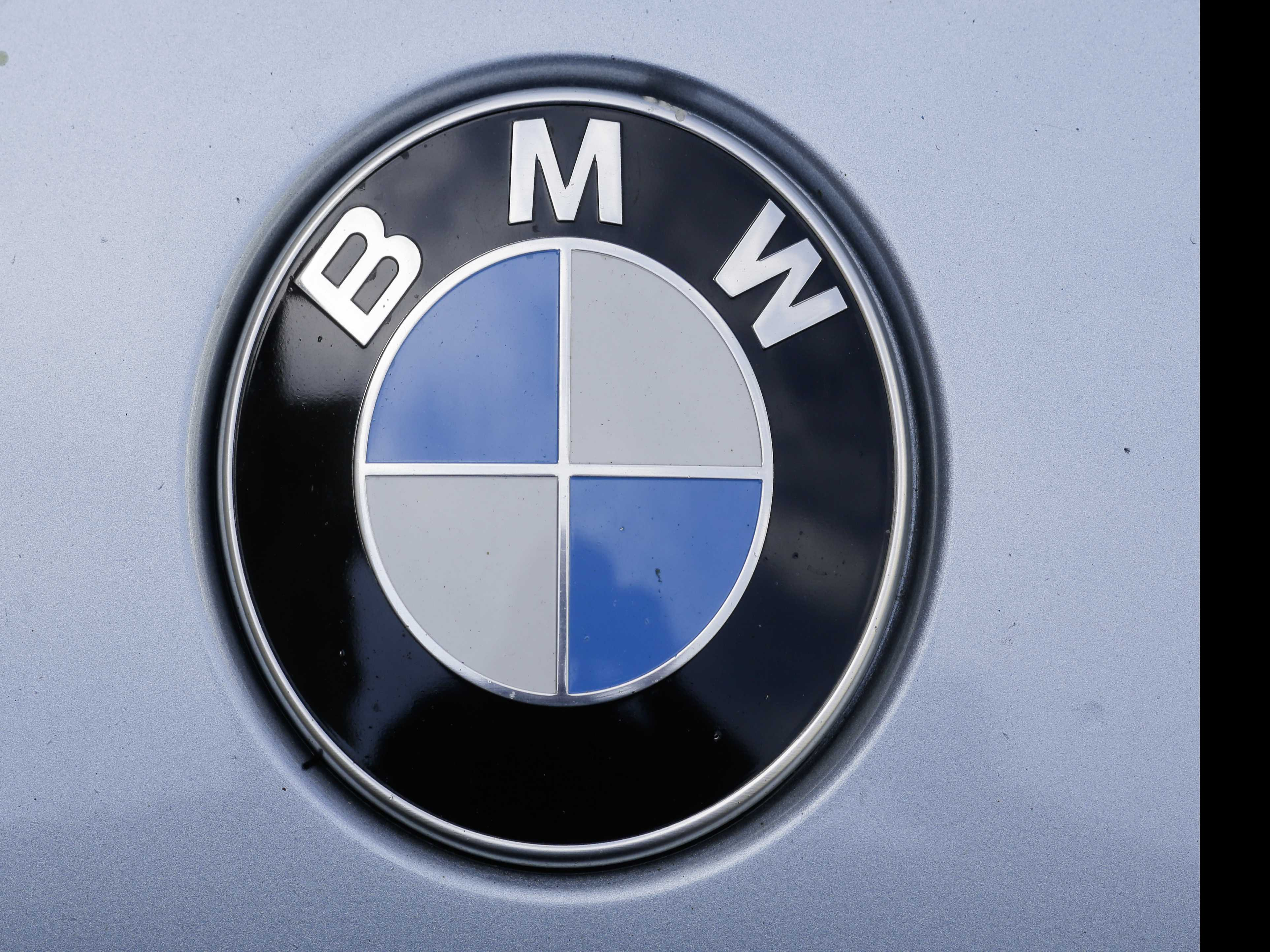 BMW Profit Rises More than Expected on New 5-Series Sedan