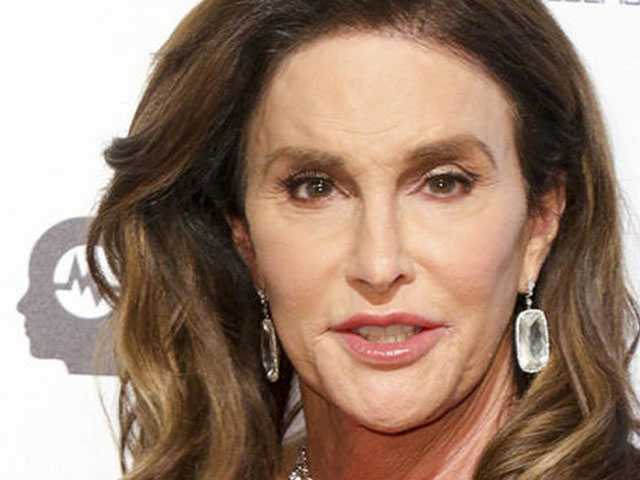 Caitlyn Jenner Explains Why She Wore a 'Make America Great Again' Hat