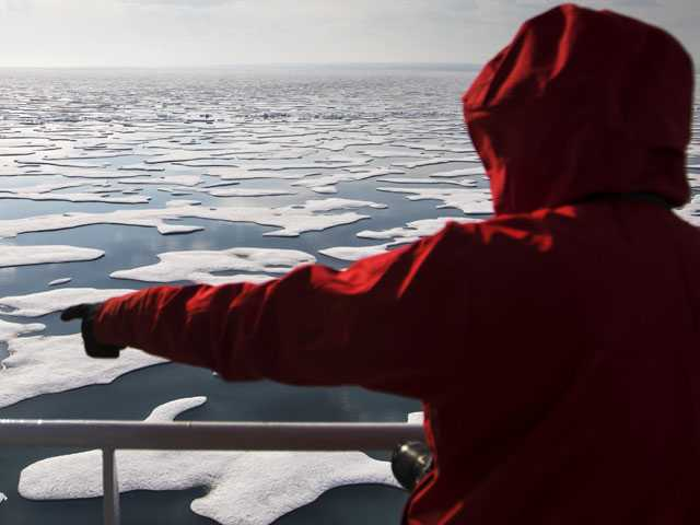 Global Warming Revealed on Arctic Voyage
