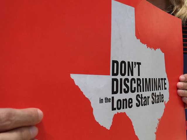 Texas Governor Suggests 'Bathroom Bill' Likely Dead for Now