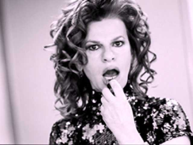 Talking With Sandra Bernhard: Things Are Great in Sandyland