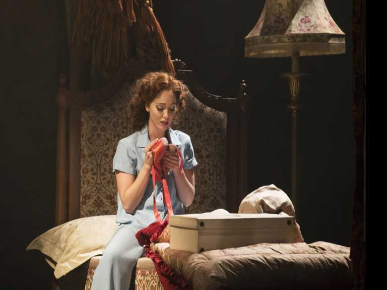 Review :: Matthew Bourne's 'The Red Shoes'