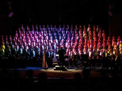 San Francisco Gay Men's Chorus Embarks on Lavender Pen Tour