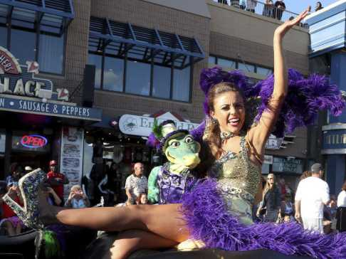 Miss America Shoe Parade Hits The Atlantic City Boardwalk