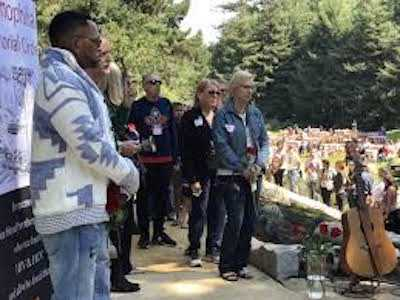 Hundreds Gather at National AIDS Memorial to Dedicate Newly-Built Hemophilia Memorial
