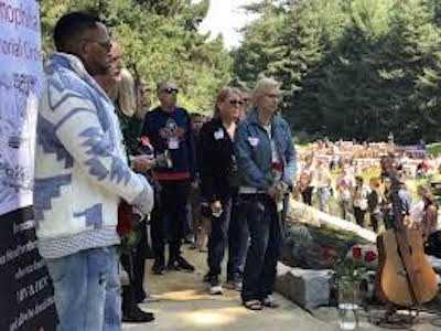 Hundreds Gather at National AIDS Memorial to Dedicate Newly-Built Hemophilia Memorial