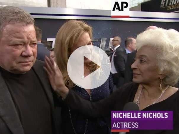 William Shatner And Nichelle Nichols Reunite
