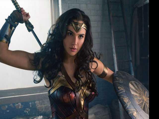 Wonder Woman Bi? Petition Launched to Make it Official