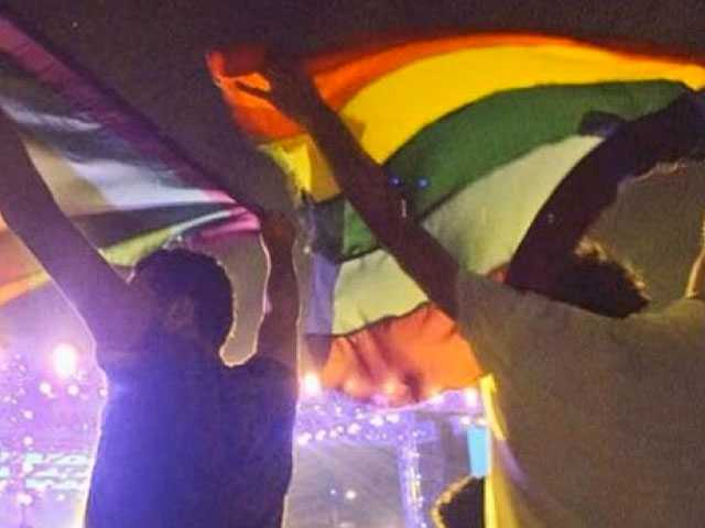 Egypt Arrests 7 for Raising Rainbow Flag at Indie Rock Gig