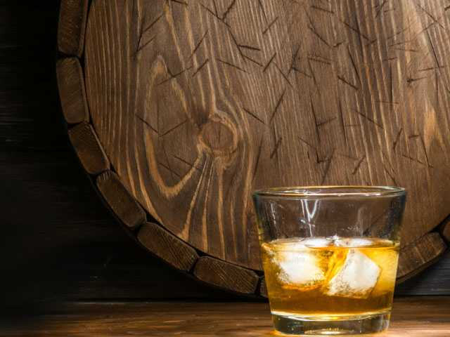Whiskey and Women: Kentucky Bourbon Industry's Big Boom