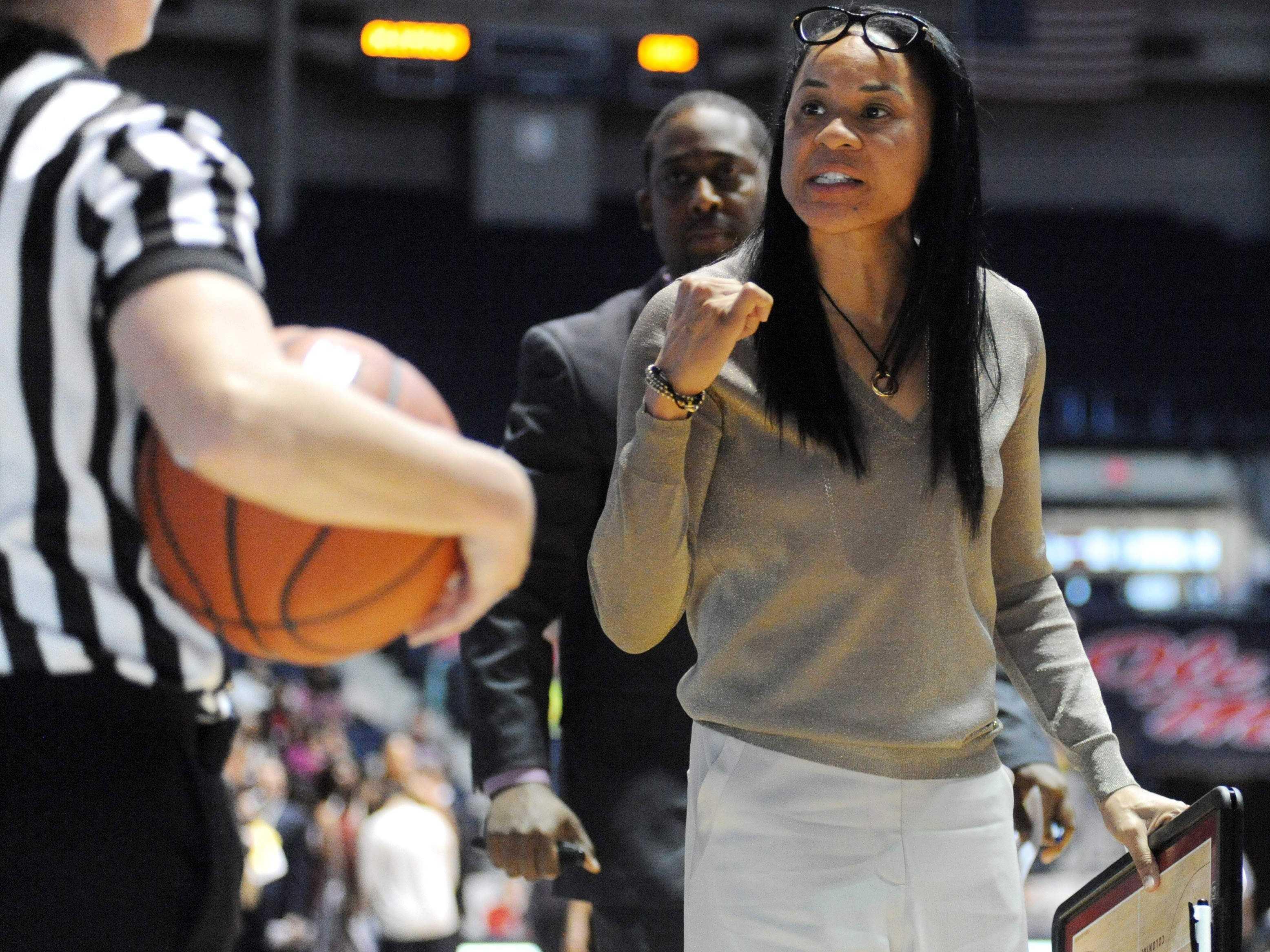 South Carolina Women's Hoops Coach: No White House Invite