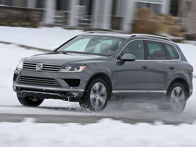 VW Recalls Older Touareg SUVs to Fix Possible Fuel Leaks