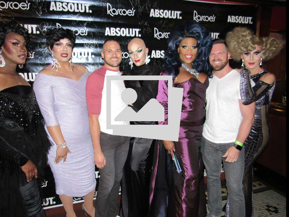 RuPaul's Drag Race @ Roscoe's Tavern :: October 6, 2017