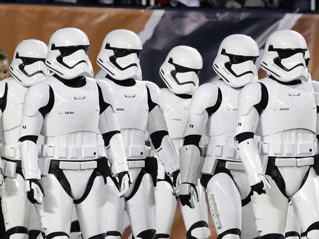 Stormtroopers on Soldier Field Introduce 'Last Jedi' Trailer
