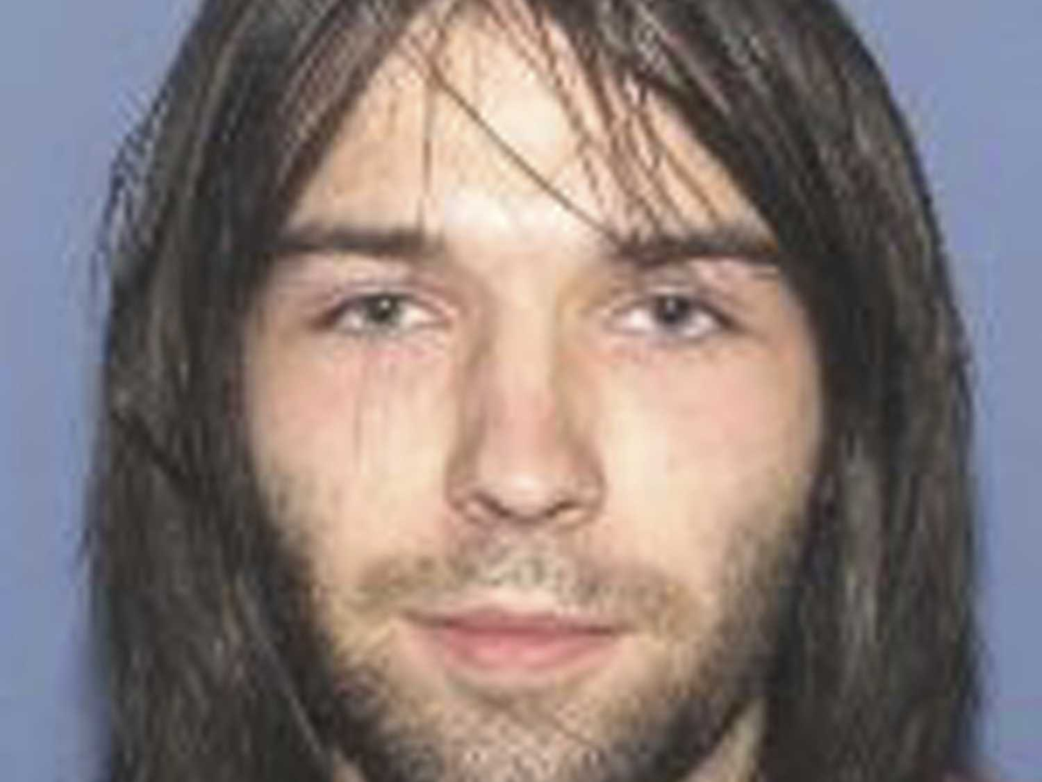 Suspect in 4 Ohio Slayings Arrested While Walking Along Road