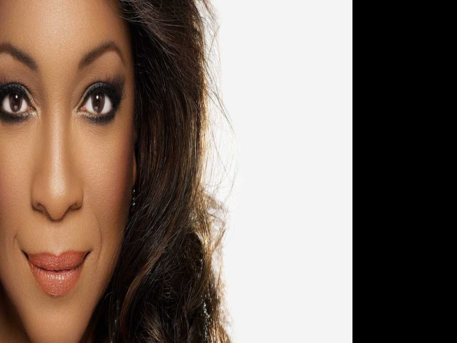 Motown Legend Mary Wilson of The Supremes Plays Ridgefield