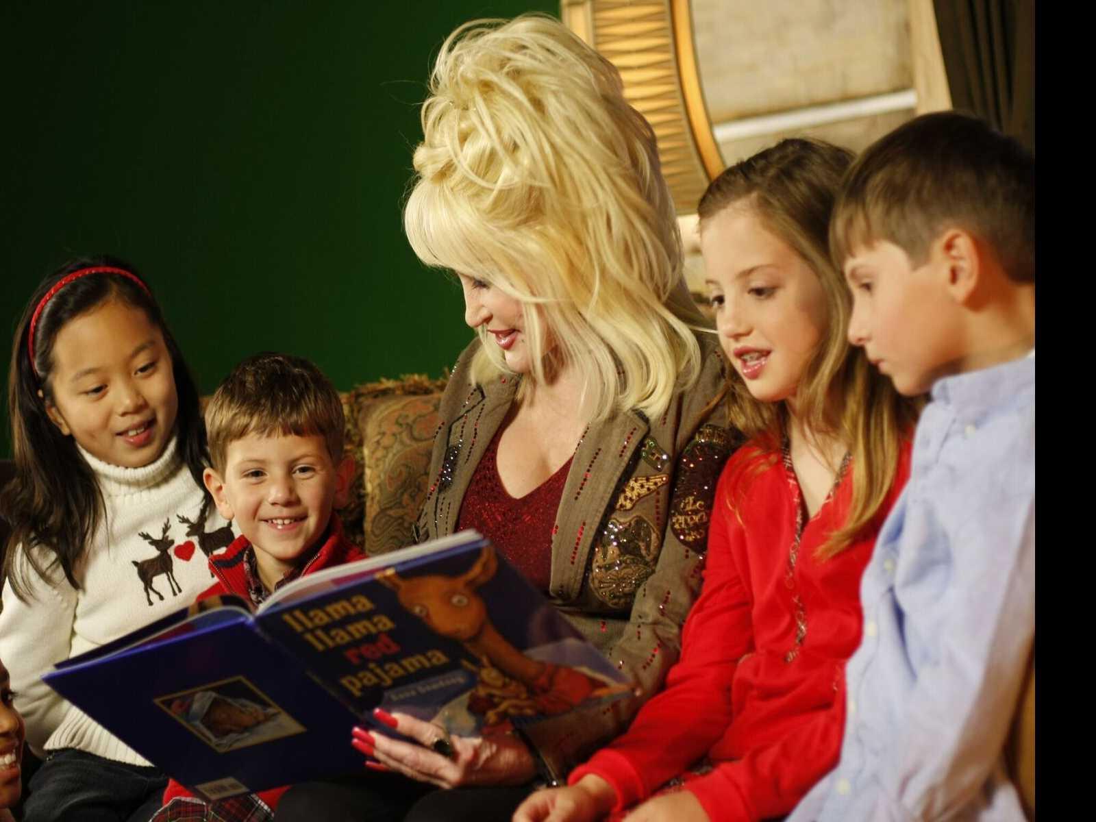 Dolly Parton Announces Hurricane Relief Efforts