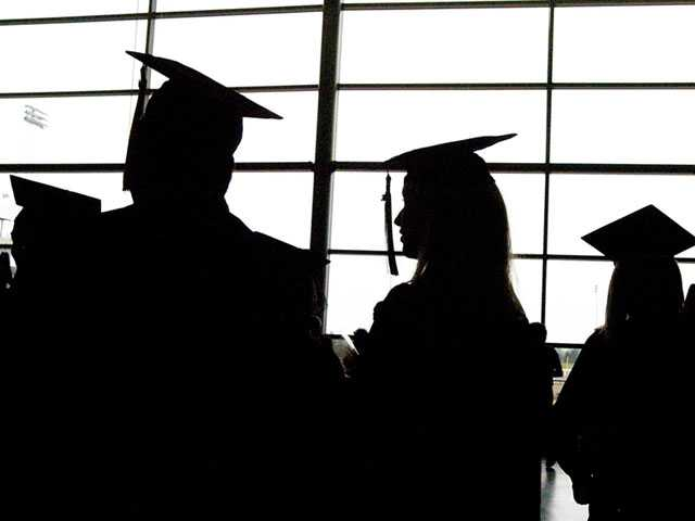 Education Agency Blasted Amid Student Loan Scam Crackdown