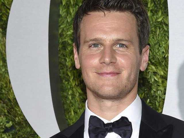 Jonathan Groff, Seth Rudetsky, Jessie Mueller Among Stars Raising Awareness for Foster Kids