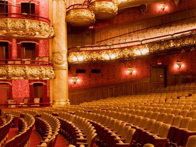 Boston's Colonial Theatre to Host World Premiere of 'Moulin Rouge'