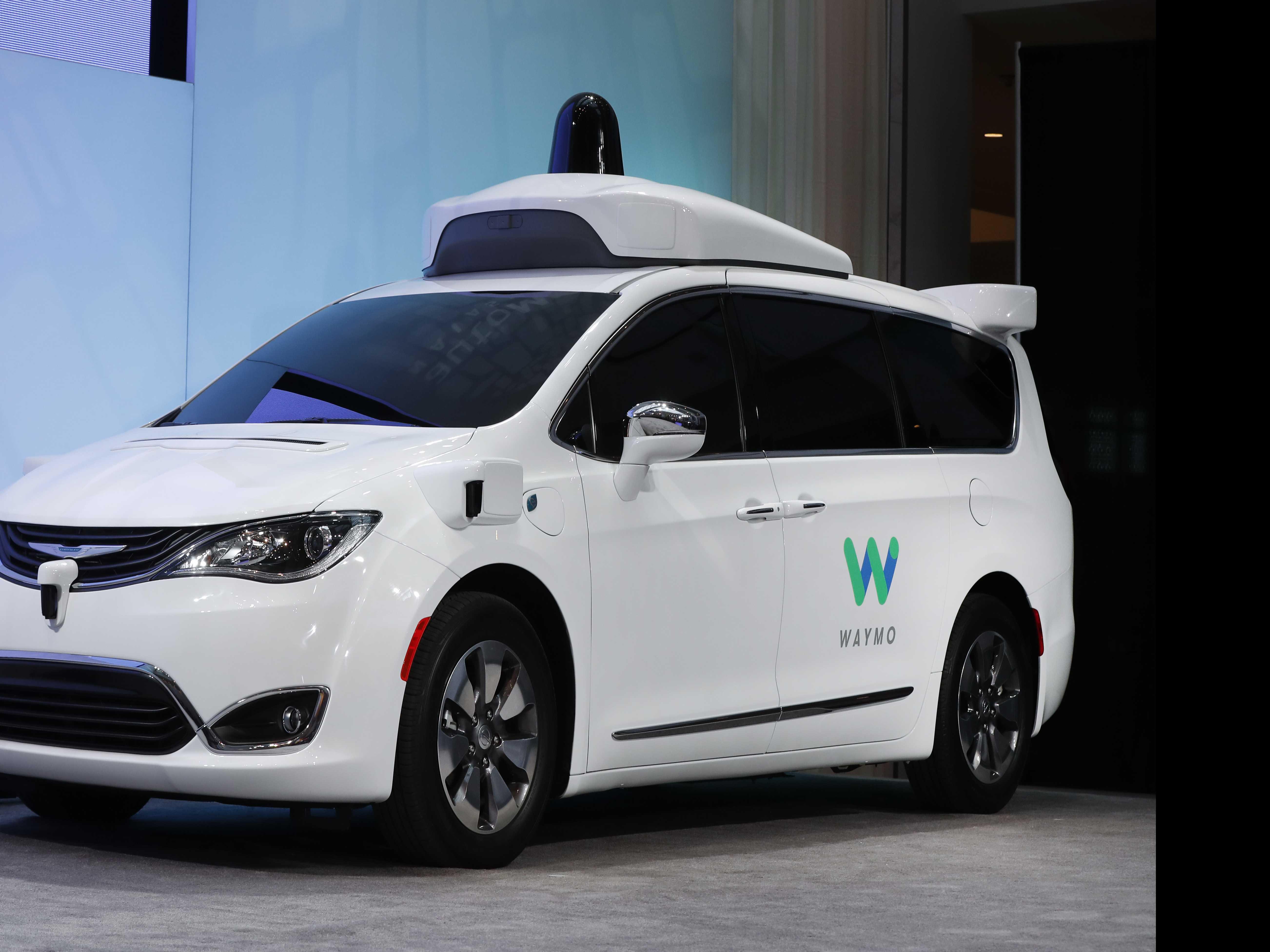 Google and AutoNation Partner on Self-Driving Car Program