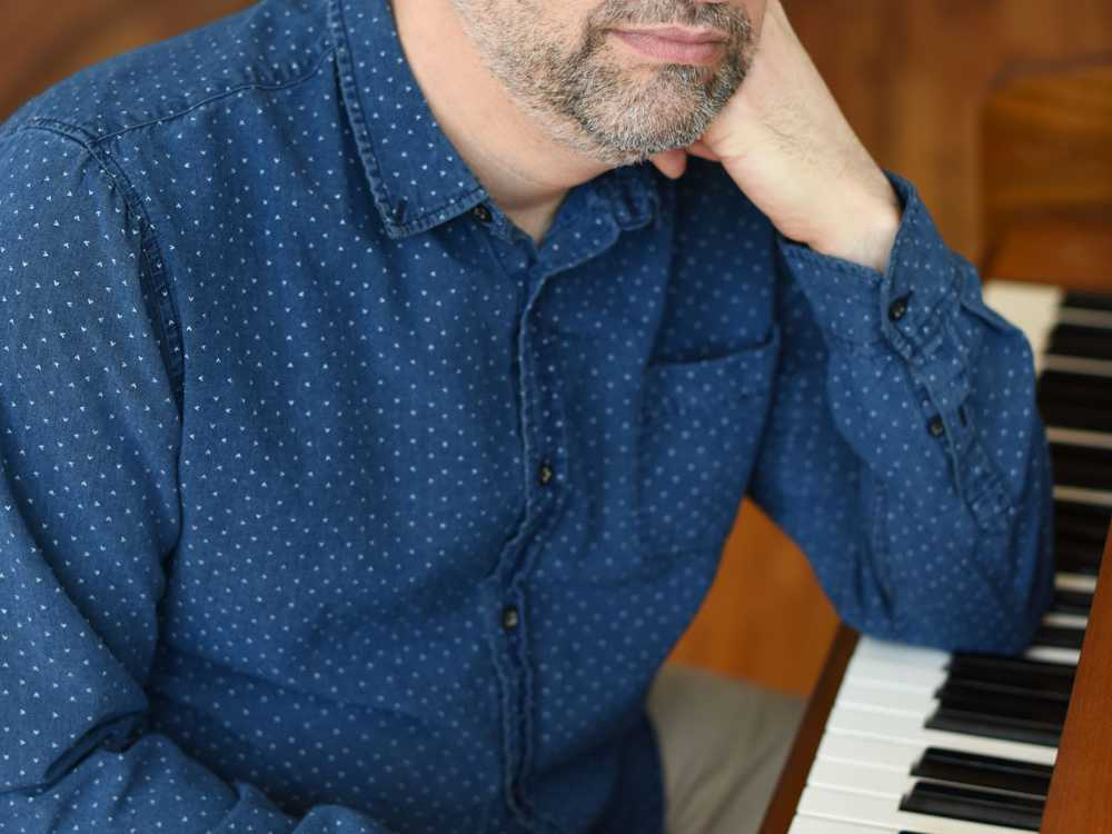 Bill Larkin Brings 'The Agony and the Ivories' to Club Café on November 21