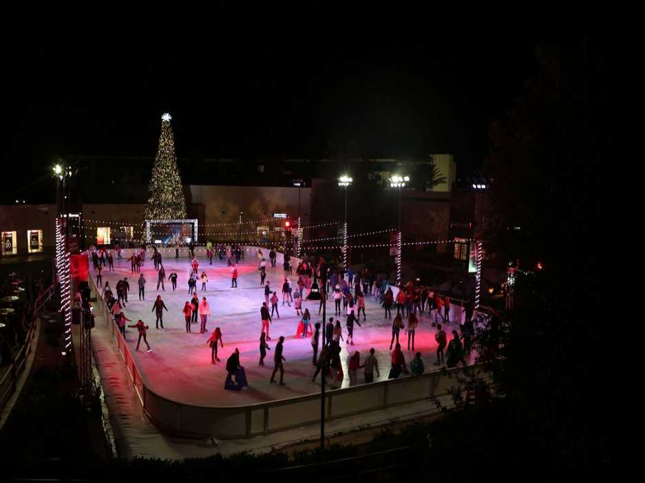 Viejas Casino & Resort Celebrates the Spirit of the Season with Its Annual Holiday Ice Skating Rink