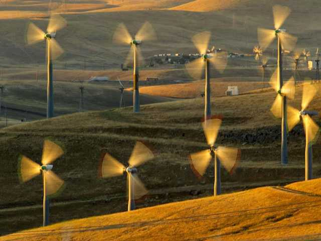 Nebraska to Build Wind Farm to Power Facebook Data Center