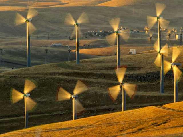 Nebraska to Build Wind Farm to Power Facebook Data Center