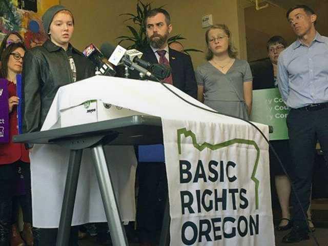 Parents Sue Oregon School District Over Transgender Policy