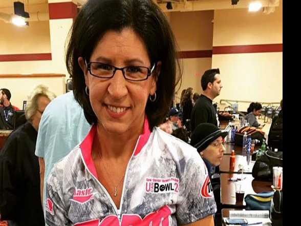 Lesbian Bowler Wins Male Pro Bowling Tournament