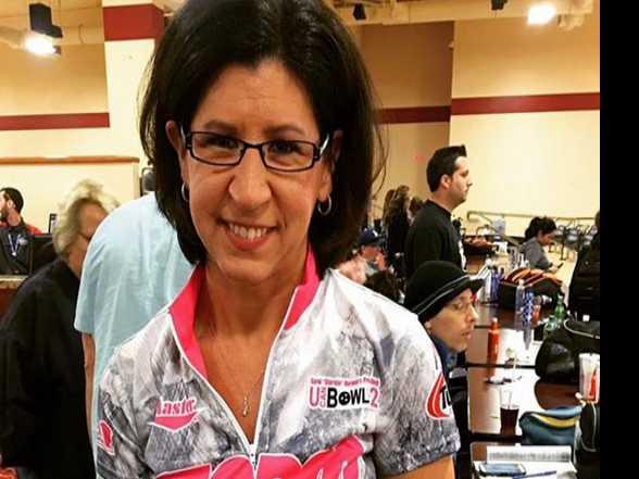 Lesbian Bowler Wins Male Pro Bowling Tournament