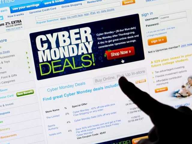 Stores Offer Cyber Monday Deals, Hope to Keep People Shopping