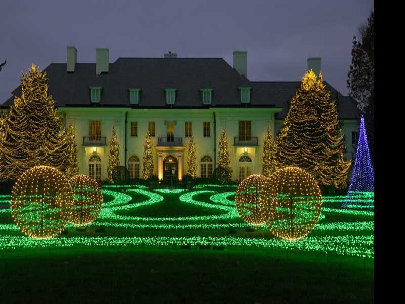 Trees, Lights & Holiday Magic: Christmas Events & Displays Around the U.S.