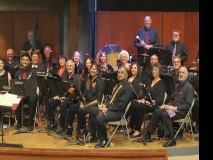 The Hillcrest Wind Ensemble :: Making the Season Bright