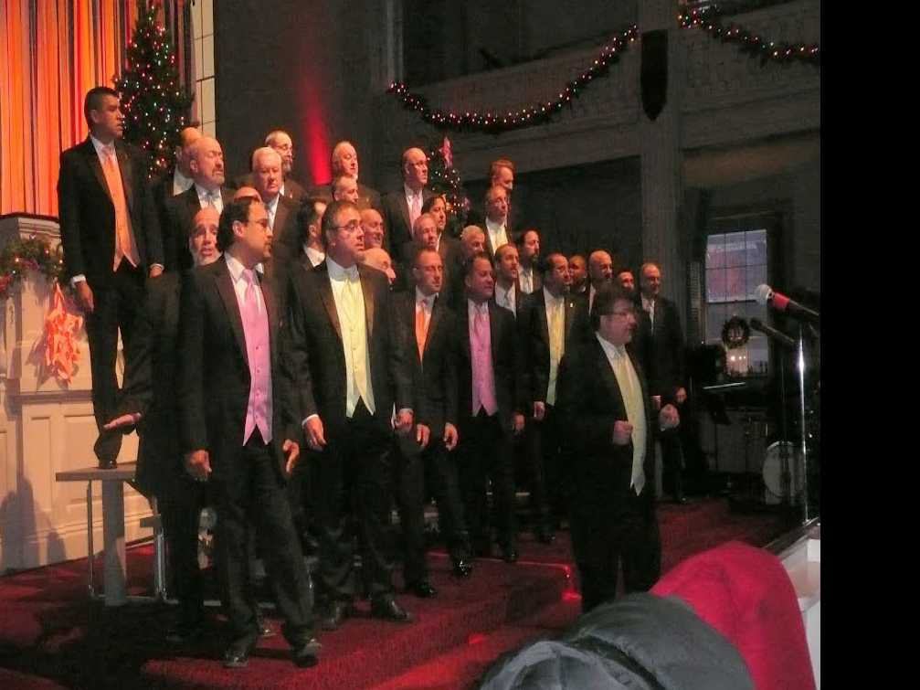 Review :: 'Holiday Kaleidoscope'/Providence Gay Men's Chorus
