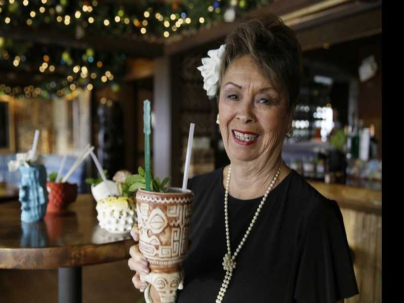 Last Seating: Trader Vic's Maitre d' Retires After 57 Years