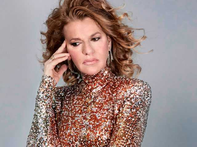 Sandra Bernhard Brings 'Sandemonium' to Boston's City Winery in January